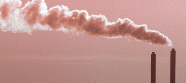 SlideshowPhoto SmokeStack