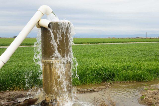 photo - Farm Irrigation Water Pump in San Joaquin Valley