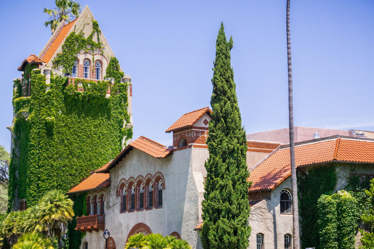 photo - Old Building on the San Jose State University Campus