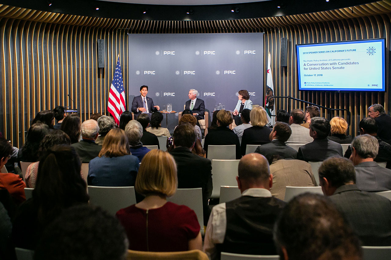 Photo of Kevin de Leon, Mark Baldassare, Dianne Feinstein and audience