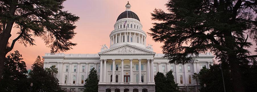 photo - Capital Building of California at Sunset
