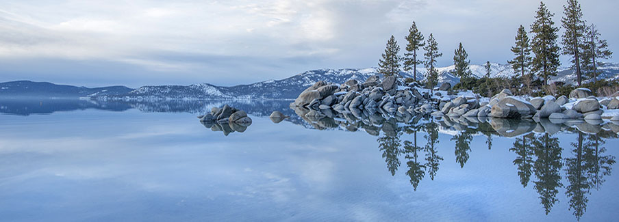 photo - Lake Tahoe in Winter