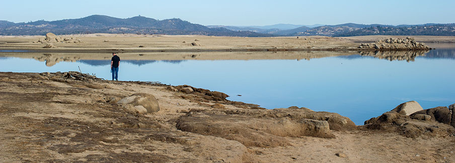 photo - Low Water Drought Conditions at Folsom Dam and Lake Pixel Ca Dwr JRC Folsom Lake Drought 25