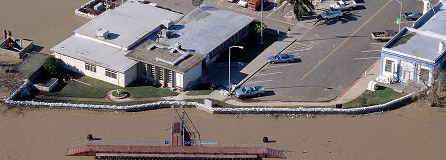 photo - Rio Vista California 1997 Flood